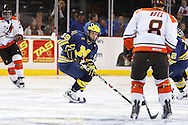 November 21, 2009:  Michigan center Matt Rust (19) during the NCCA hockey game between Michigan and the Bowling Green State University at Lucas County Arena in Toledo, Ohio.