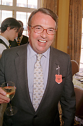 MR OLIVER BARING a member of the banking family, at a luncheon in London on 29th July 2000.OGM 15