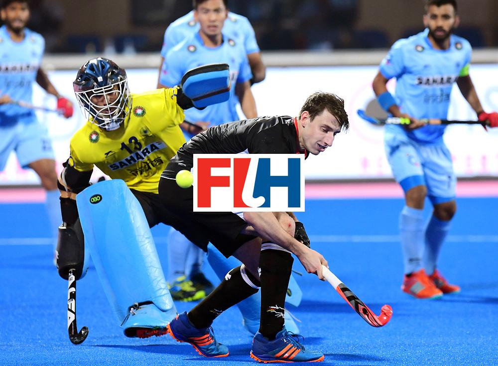 Odisha Men's Hockey World League Final Bhubaneswar 2017<br /> Match id:21<br /> India v Germany<br /> Foto: keeper Mark Appel (Ger) in dual with keeper Suraj Karkera (Ind) <br /> COPYRIGHT WORLDSPORTPICS FRANK UIJLENBROEK