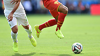 FUSSBALL WM 2014  VORRUNDE    Gruppe H     Belgien - Algerien                       17.06.2014 Fussball Allgemein, Ball und Beine