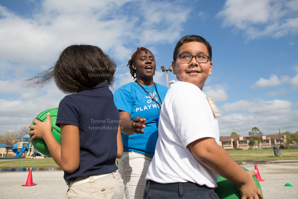 Playworks<br /> <br /> <br /> Chambers Elementary School<br /> 10700 Carvel Ln., <br /> Houston, TX 77072<br /> <br /> <br /> 4th grade <br /> <br /> Pic of kids with RWJF release- 4007, 3728