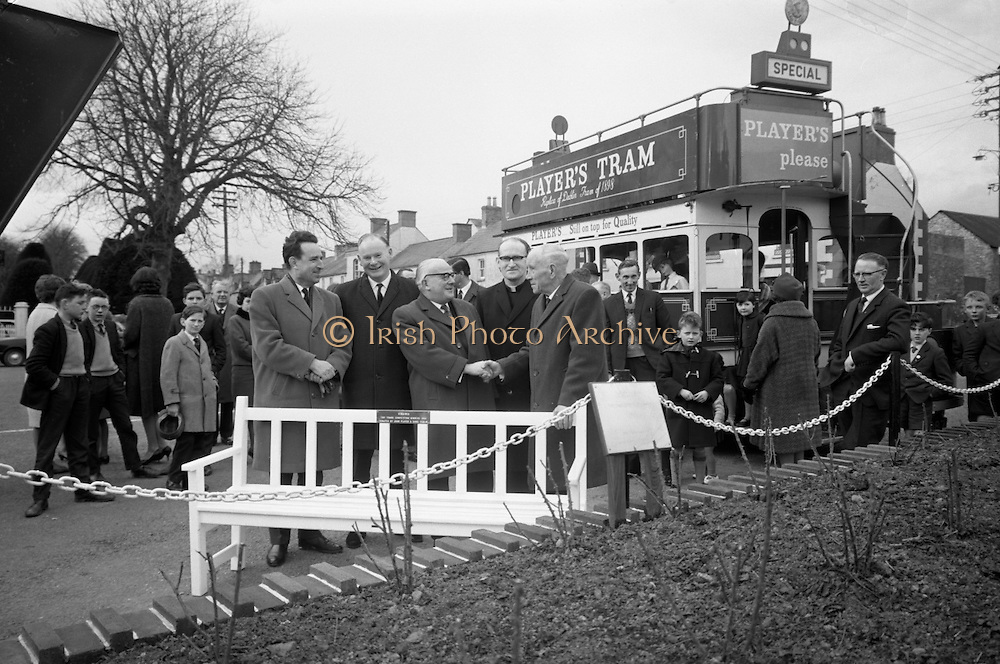 Presentation to Virginia, Co. Cavan, Tidy towns competition winner..28.02.1965