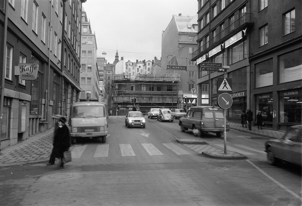 Rivning av hus på Sveavägen vid dåvarande Tunnelgatan.