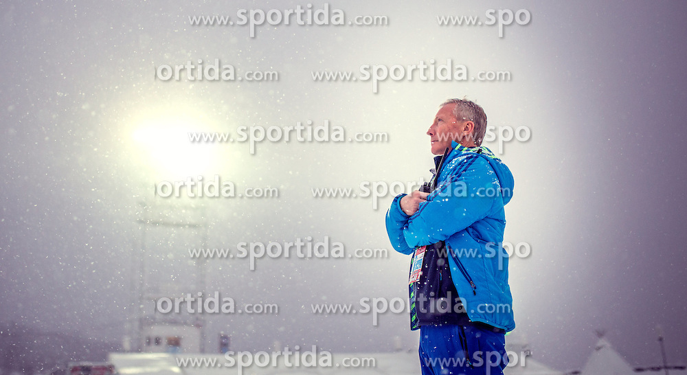 04.12.2015, Lysgards Schanze, NOR, FIS Weltcup Ski Sprung, Lillehammer, Herren, Training, im Bild FIS Renndirektor Walter Hofer // FIS race director Walter Hofer during Mens Skijumping Training of FIS Skijumping World Cup at the Lysgards Hill, Lillehammer, Norway on 2015/12/04. EXPA Pictures © 2015, PhotoCredit: EXPA/ JFK