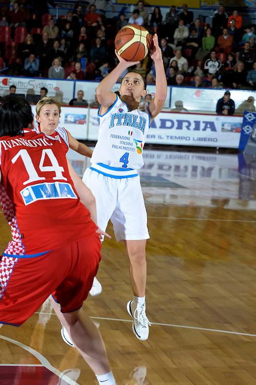 DESCRIZIONE : Venezia Additional Qualification Round Eurobasket Women 2009 Italia Croazia<br /> GIOCATORE : Angela Gianolla<br /> SQUADRA : Nazionale Italia Donne<br /> EVENTO : Italia Croazia<br /> GARA :<br /> DATA : 10/01/2009<br /> CATEGORIA : Tiro<br /> SPORT : Pallacanestro<br /> AUTORE : Agenzia Ciamillo-Castoria/M.Gregolin