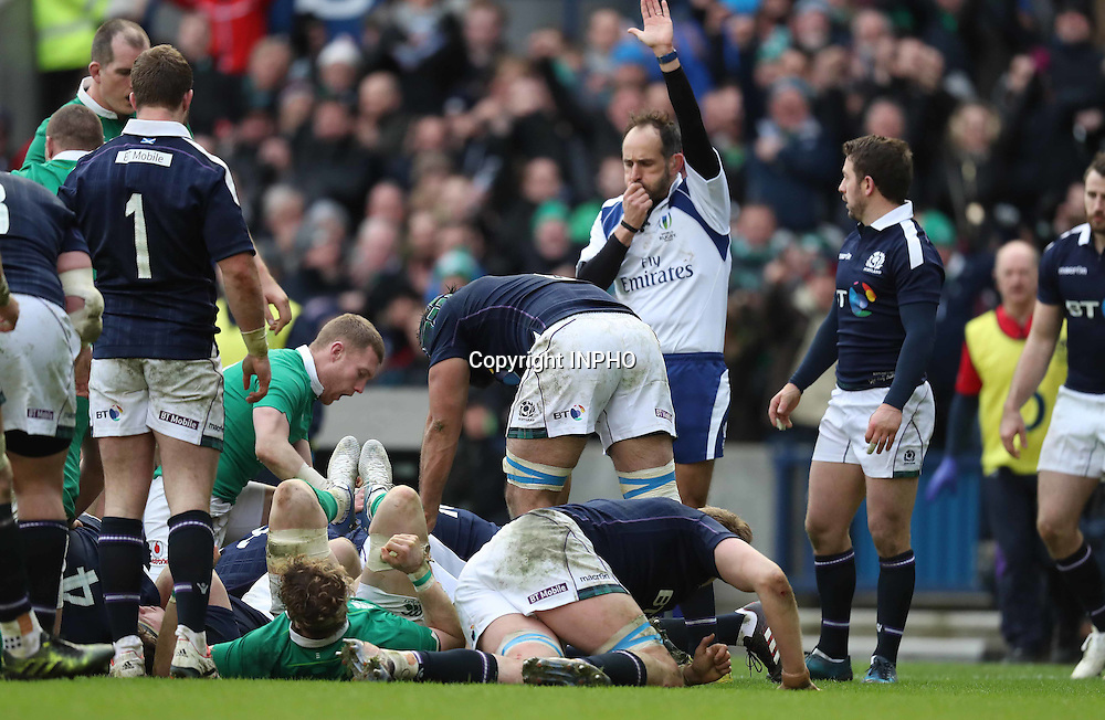 RBS 6 Nations Championship Round 1, BT Murrayfield, Scotland 4/2/2017<br /> Scotland vs Ireland<br /> Ireland&rsquo;s Iain Henderson scores their second try<br /> Mandatory Credit &copy;INPHO/Billy Stickland
