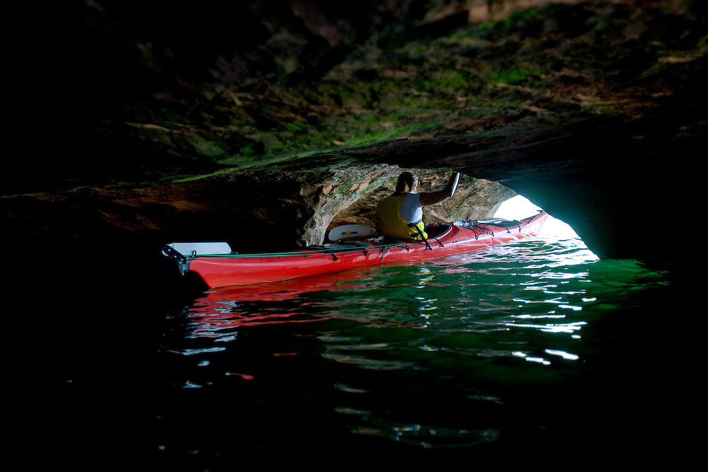 Sea kayaking along the sea caves in the Apostle Islands near Bayfield, Wis.(Photo / Mike Roemer)
