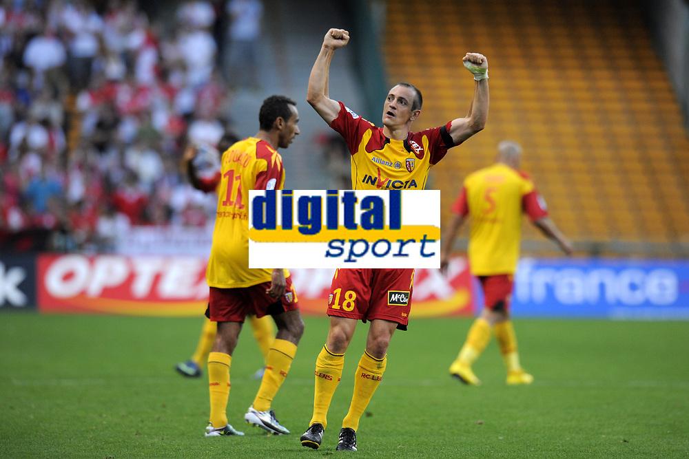 FOOTBALL - FRENCH CHAMPIONSHIP 2010/2011 - L1 - RC LENS v AS MONACO - 21/08/2010 - PHOTO JEAN MARIE HERVIO / DPPI - JOY SEBASTIEN ROUDET (RCL) AFTER HIS GOAL
