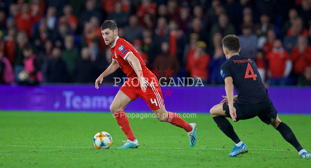 CARDIFF, WALES - Sunday, October 13, 2019: Wales' Ben Davies during the UEFA Euro 2020 Qualifying Group E match between Wales and Croatia at the Cardiff City Stadium. (Pic by Laura Malkin/Propaganda)