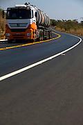Montes Claros_MG, Brasil...BR 365 em Montes Claros, Minas Gerais...BR 365 in Montes Claros, Minas Gerais...Foto: BRUNO MAGALHAES / NITRO