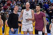 DESCRIZIONE : Dinamo Banco di Sardegna Sassari All Stars Legends Night<br /> GIOCATORE : Massimo Bini<br /> CATEGORIA : Premiazione<br /> SQUADRA : Dinamo Banco di Sardegna Sassari<br /> EVENTO : Dinamo Banco di Sardegna Sassari All Stars Legends Night<br /> GARA : Dinamo Banco di Sardegna Sassari - Alba Berlino Veterans<br /> DATA : 14/05/2016<br /> SPORT : Pallacanestro <br /> AUTORE : Agenzia Ciamillo-Castoria/L.Canu