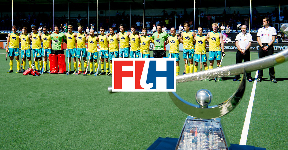 BREDA - Rabobank Hockey Champions Trophy<br /> Final Australia - India<br /> Photo: Australian line up w/ the trophy.<br /> COPYRIGHT WORLDSPORTPICS FRANK UIJLENBROEK