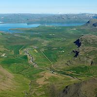 Þverdalur, Grund, Bjarnastaðir, Kverngrjót, Þverfell, Miklagarður og Staðarhóll, séð til norðurs, Dalabyggð áður Saurbæjarhreppur. /  Thverdalur, Grund, Bjarnastadir, Kverngrjot, Thverfell, Miklagardur and Stadarholl viewing north, Dalabyggd former Saurbaejarhreppur.