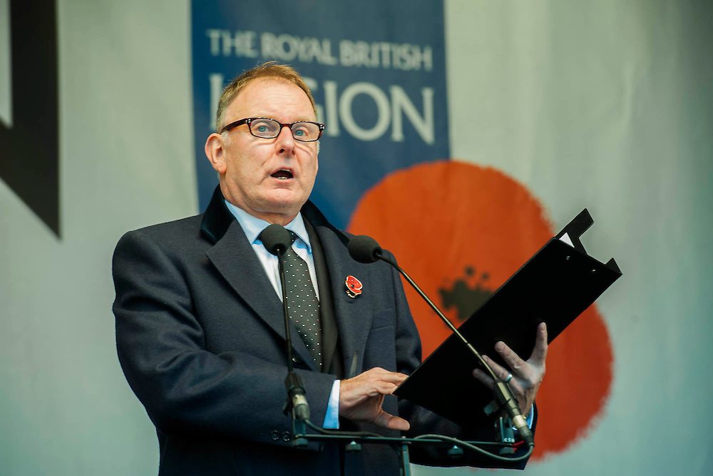 Robert Gleinister reads a letter from Gunner Cove. A remembrance event in Trafalgar Square included a two minute silence and poppies being placed in the fountains.