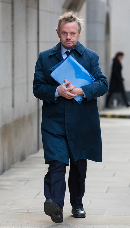 © Licensed to London News Pictures. 29/01/2019. London, UK. Pilot, Andrew Hill arrives at The Old Bailey for trial, where he faces 11 counts of manslaughter by gross negligence after his Hawker Hunter jet crashed on the A27 at Shoreham in West Sussex on 22nd August 2015.  Photo credit: Vickie Flores/LNP.