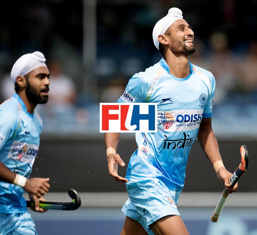 BREDA - Rabobank Hockey Champions Trophy<br /> India - Pakistan<br /> Photo: Mandeep Singh scored and celebrates.<br /> COPYRIGHT WORLDSPORTPICS FRANK UIJLENBROEK
