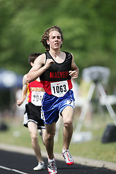 Hamilton, Ontario ---07/06/08--- Oliver Foster of Malvern in Toronto competes in the 3000 meters at the 2008 OFSAA Track and Field meet in Hamilton, Ontario..GEOFF ROBINS
