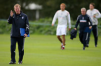 Photo: Paul Thomas.<br /> England Training. 06/10/2006.<br /> <br /> Steve McClaren.