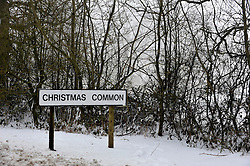 © Licensed to London News Pictures. 05/02/2012, Christmas Common, UK. A signpost reading Christmas Common in Oxfordshire today.  Heavy snow has fallen over many parts of the UK overnight. Photo credit : Stephen Simpson/LNP