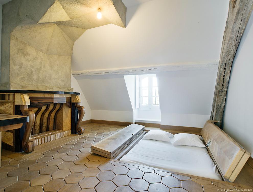 Sarah Fauguet et David Cousinard / Chambres d'artistes au château du Pé / Estuaire 2012