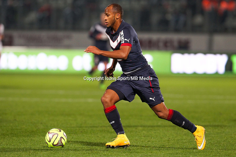 Thomas TOURE - 03.12.2014 - Metz / Bordeaux - 16eme journee de Ligue 1 -<br />Photo : Fred Marvaux / Icon Sport