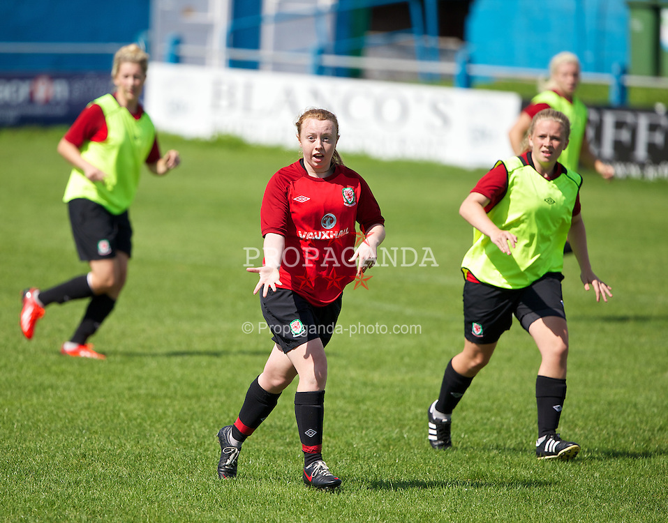 SWANSEA, WALES - Sunday, August 18, 2013: Wales' Rachel Hignett during a training session at Port Talbot Town ahead of the UEFA Women's Under-19 Championship Wales 2013 tournament. (Pic by David Rawcliffe/Propaganda)