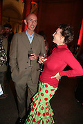 Grenville Davey and Victoria Burton-Davey, 1st Turner prizewinner. Turner Prize: A Retrospective. Opening party. Tate Millbank. London. 2 October 2007. -DO NOT ARCHIVE-© Copyright Photograph by Dafydd Jones. 248 Clapham Rd. London SW9 0PZ. Tel 0207 820 0771. www.dafjones.com.