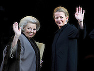 AMSTERDAM - Prins Claus prize , arrival of Prinsess Mabel and Princess Beatrix in Amsterdam COPTRIGHT ROBIN UTRECHT