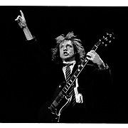 G&ouml;teborg 19910323 Scandinavium<br /> AC/DC<br /> Angus Young Guitar<br /> <br /> <br /> FOTO JOACHIM NYWALL KOD0708840825<br /> COPYRIGHT JOACHIMNYWALL:SE<br /> <br /> ****BETALBILD****<br />  <br /> Redovisas till: Joachim Nywall<br /> Strandgatan 30<br /> 461 31 Trollh&auml;ttan<br />  Prislista: BLF, om ej annat avtalats