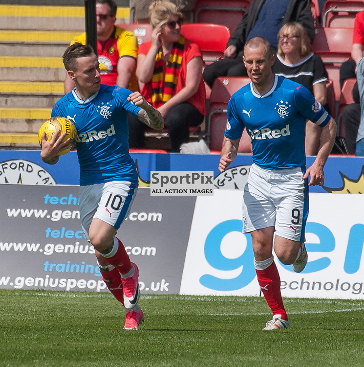 #10 Barrie McKay and #9 Kenny Miller (Rangers) celebrate - Partick Thistle v Rangers - Ladbrokes Premiership - 07 May 2017 - © Russel Hutcheson | SportPix.org.uk