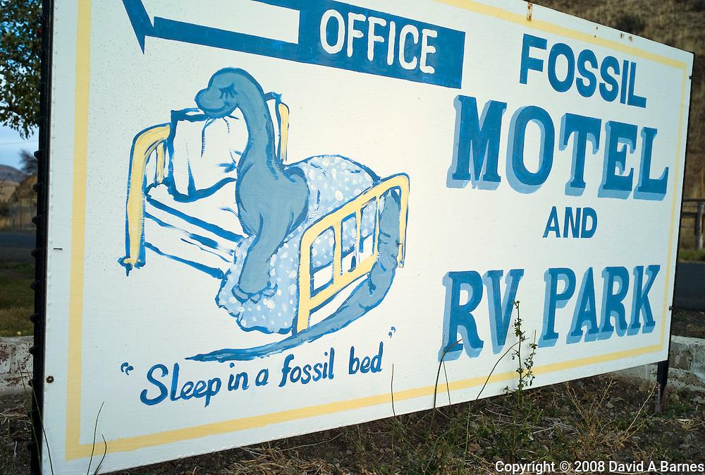 Fossil Motel sign, Fossil, Oregon, USA