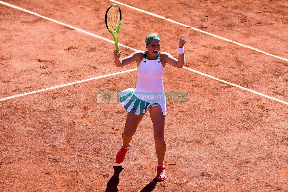 June 8, 2017 - Paris, France, France - joie de Jelena Ostapenko (Lat) en fin de match. (Credit Image: © Panoramic via ZUMA Press)