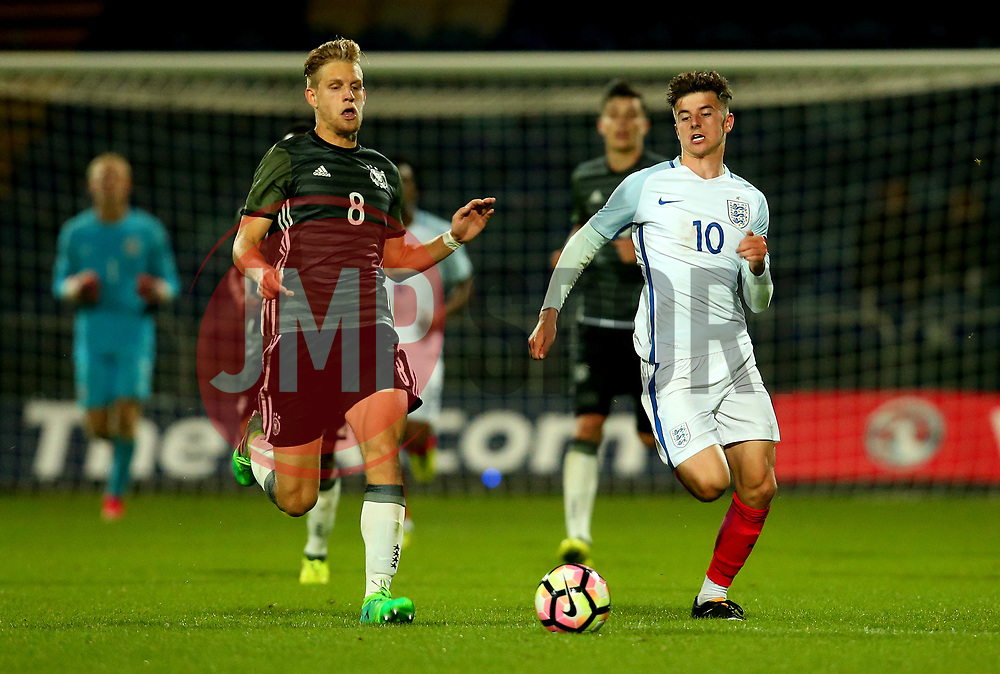 Mason Mount of England goes past Arne Maier of Germany Under 19s - Mandatory by-line: Robbie Stephenson/JMP - 05/09/2017 - FOOTBALL - One Call Stadium - Mansfield, United Kingdom - England U19 v Germany U19 - International Friendly