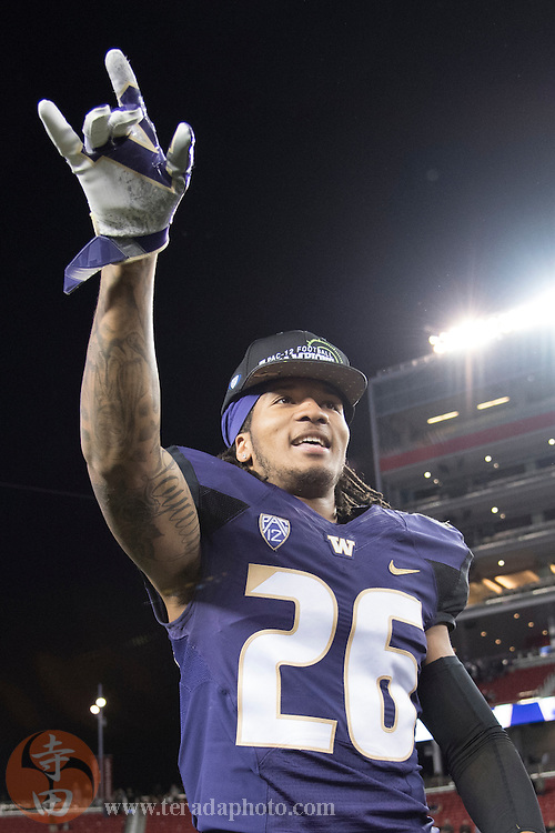 December 2, 2016; Santa Clara, CA, USA; Washington Huskies defensive back Sidney Jones (26) celebrates after the Pac-12 championship against the Colorado Buffaloes at Levi's Stadium. The Huskies defeated the Buffaloes 41-10.