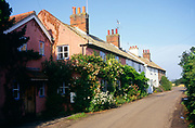A08BXF Country cottages Bawdsey Suffolk England