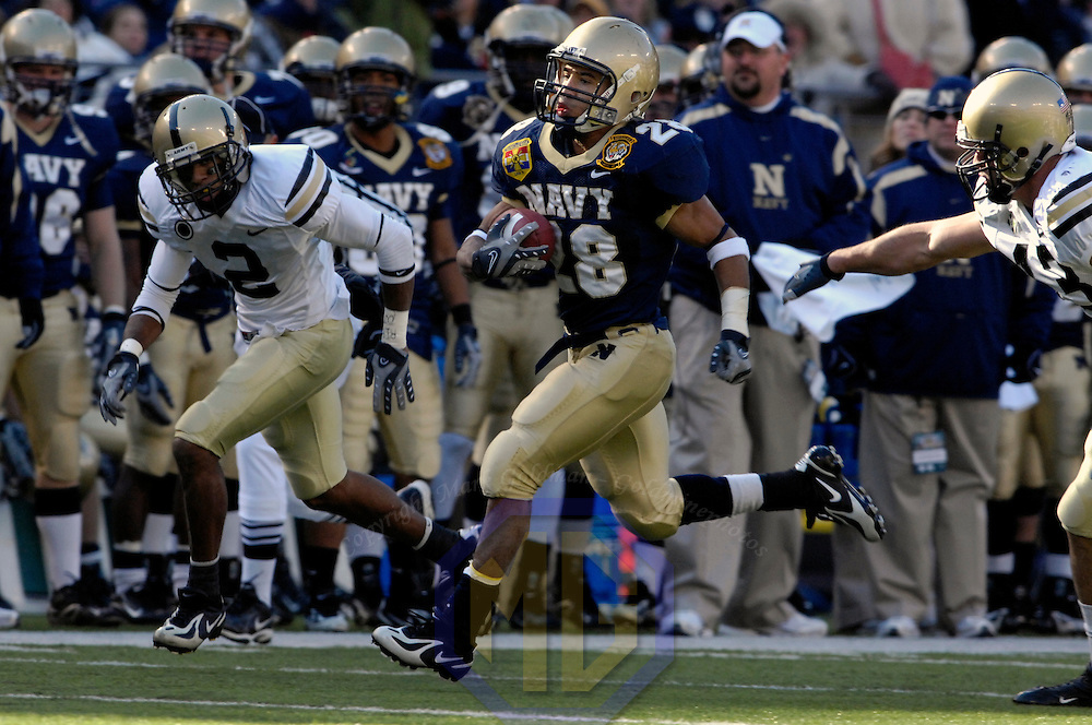 01 December 2007:  Navy running back Zerbin Singleton (28) runs 38 yards for a touchdown in the 1st quarter against Army defensive back Josh Mitchell (2) on December 1, 2007.  The Navy Midshipmen defeated the Black Knights of Army 38-3 in the 108th meeting between the teams at M&T Bank Stadium in Baltimore, Maryland.