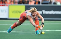 AMSTELVEEN -  Caia van Maasakker (Ned)  tijdens  Nederland-Tsjechie (dames) bij de Rabo EuroHockey Championships 2017.  COPYRIGHT KOEN SUYK