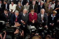 09 APR 2005 OBERHAUSEN/GERMANY:<br /> Peter Mueller, CDU, Ministerpraesident Saarland, Roland Koch, CDU, Ministerpraesident Hessen, Edmund Stoiber, CSU, Ministerpraesident Bayern, Angela Merkel, CDU Bundesvorsitzende, Juergen Ruettgers, CDU, Landesvorsitzender und Spitzenkandidat der CDU NRW, und seine Ehefrau Angelika Ruettgers, (v.L.n.R.), umlagert von Fotografen, vor Beginn der Wahlkampfauftaktveranstaltung zur Landtagswahl in Nordrhein-Westfalen, Koenig-Pilsener-Arena<br /> IMAGE: 20050409-01-007<br /> KEYWORDS: Jürgen Rüttgers, Peter Müller