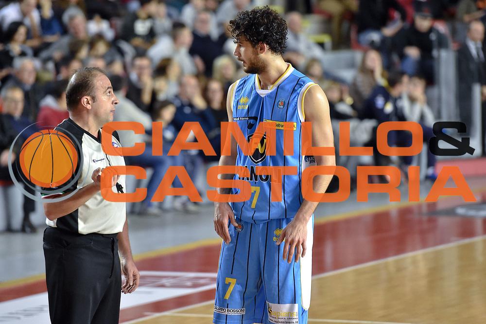 DESCRIZIONE : Roma Lega A 2014-15 Acea Roma vs Vanoli Basket Cremona<br /> GIOCATORE : Vitali Luca<br /> CATEGORIA : Fair Play<br /> SQUADRA : Vagoli Basket Cremona<br /> EVENTO : Campionato Lega A 2014-2015 GARA : Acea Roma vs Vanoli Basket Cremona<br /> DATA : 07/12/2014 <br /> SPORT : Pallacanestro <br /> AUTORE : Agenzia Ciamillo-Castoria/GiulioCiamillo <br /> Galleria : Lega Basket A 2014-2015 <br /> Fotonotizia : Acea Roma Lega A 2014-15 Acea Roma vs Vanoli Basket Cremona<br /> Predefinita :
