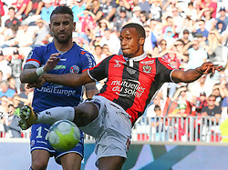 (Allassane Pléa (R) Nice in duel with Anthony Goncalves Strasbourg during the match of League 1 at the Allianz Riviera Stadium in Nice in France on October 22nd, 2017. Nice defeated against Strasbourg 1-2  (Credit Image: © Serge Haouzi/Xinhua via ZUMA Wire)