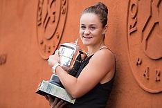 Winner Of The Womens Singles Ashleigh Barty - 9 June 2019