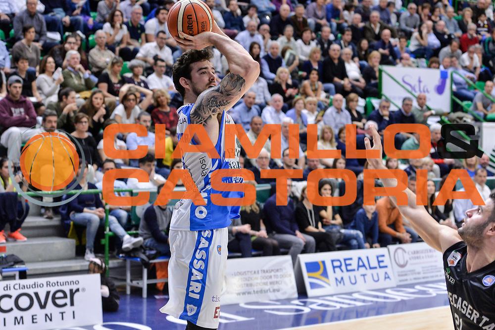 DESCRIZIONE : Beko Legabasket Serie A 2015- 2016 Dinamo Banco di Sardegna Sassari - Pasta Reggia Juve Caserta<br /> GIOCATORE : Joe Alexander<br /> CATEGORIA : Tiro<br /> SQUADRA : Dinamo Banco di Sardegna Sassari<br /> EVENTO : Beko Legabasket Serie A 2015-2016<br /> GARA : Dinamo Banco di Sardegna Sassari - Pasta Reggia Juve Caserta<br /> DATA : 03/04/2016<br /> SPORT : Pallacanestro <br /> AUTORE : Agenzia Ciamillo-Castoria/L.Canu
