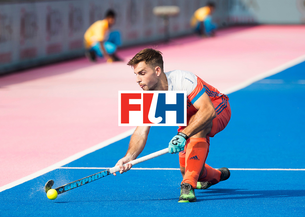BHUBANESWAR -  Tristan Algera (Ned)  tijdens  de Hockey World League Final wedstrijd Nederland-Spanje (2-3).  COPYRIGHT  KOEN SUYK