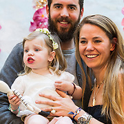 NLD/Amsterdam/20140409 - Presentatie Sam & haas fairtrade juwelenlijn, Bibi van der Velden met haar dochter Charlie en partner