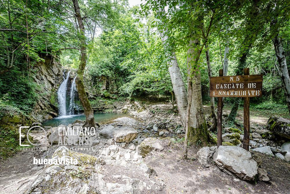 San Fele, Basilicata, Italia, 10/06/2016<br /> Le cascate di San Fele, chiamate in dialetto &quot;U Uattenniere&quot;, distano circa 50 chilometri da Potenza e sono uno degli attrattori pi&ugrave; importanti della Basilicata<br /> <br /> San Fele, Basilicata, Italy, 10/06/2016<br /> The waterfall in San Fele, named &quot;U Uattenniere&quot; in local slang, are about 50 kilometers far from Potenza and it is one of the most important turistic destination in Basilicata.