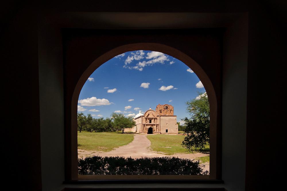 Mission San José de Tumacácori, Spanish mission, Tumacacori National Historic Park, Tumacacori, Arizona, looking through arch
