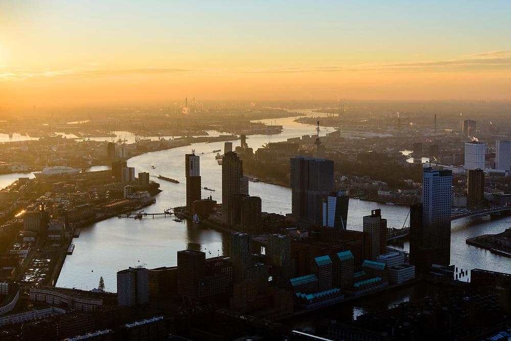 Nederland, Zuid-Holland, Rotterdam, 07-02-2018; Centrum Rotterdam in winters avondlicht, bij zonsondergang. Nieuwe Maas Noordereiland, Kop van Zuid met hoogbouw aan de Wilhelminakde, Erasmusbrug. Skyline Rotterdam centum.<br /> City centre Rotterdam, Noordereiland (North island).<br /> <br /> luchtfoto (toeslag op standard tarieven);<br /> aerial photo (additional fee required);<br /> copyright foto/photo Siebe Swart
