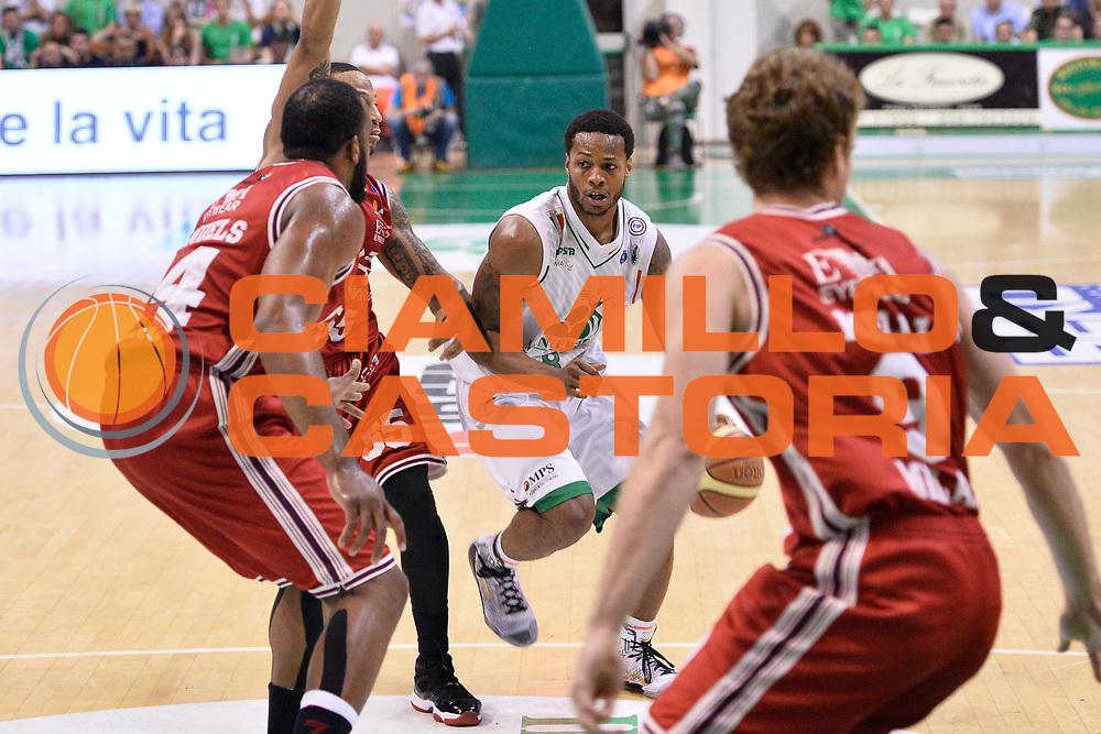 DESCRIZIONE : Campionato 2013/14 Finale GARA 4 Montepaschi Mens Sana Siena - Olimpia EA7 Emporio Armani Milano<br /> GIOCATORE : Marquez Haynes<br /> CATEGORIA : Palleggio Penetrazione<br /> SQUADRA : Montepaschi Siena<br /> EVENTO : LegaBasket Serie A Beko Playoff 2013/2014<br /> GARA : Montepaschi Mens Sana Siena - Olimpia EA7 Emporio Armani Milano<br /> DATA : 21/06/2014<br /> SPORT : Pallacanestro <br /> AUTORE : Agenzia Ciamillo-Castoria / Claudio Atzori<br /> Galleria : LegaBasket Serie A Beko Playoff 2013/2014<br /> Fotonotizia : DESCRIZIONE : Campionato 2013/14 Finale GARA 4 Montepaschi Mens Sana Siena - Olimpia EA7 Emporio Armani Milano<br /> Predefinita :