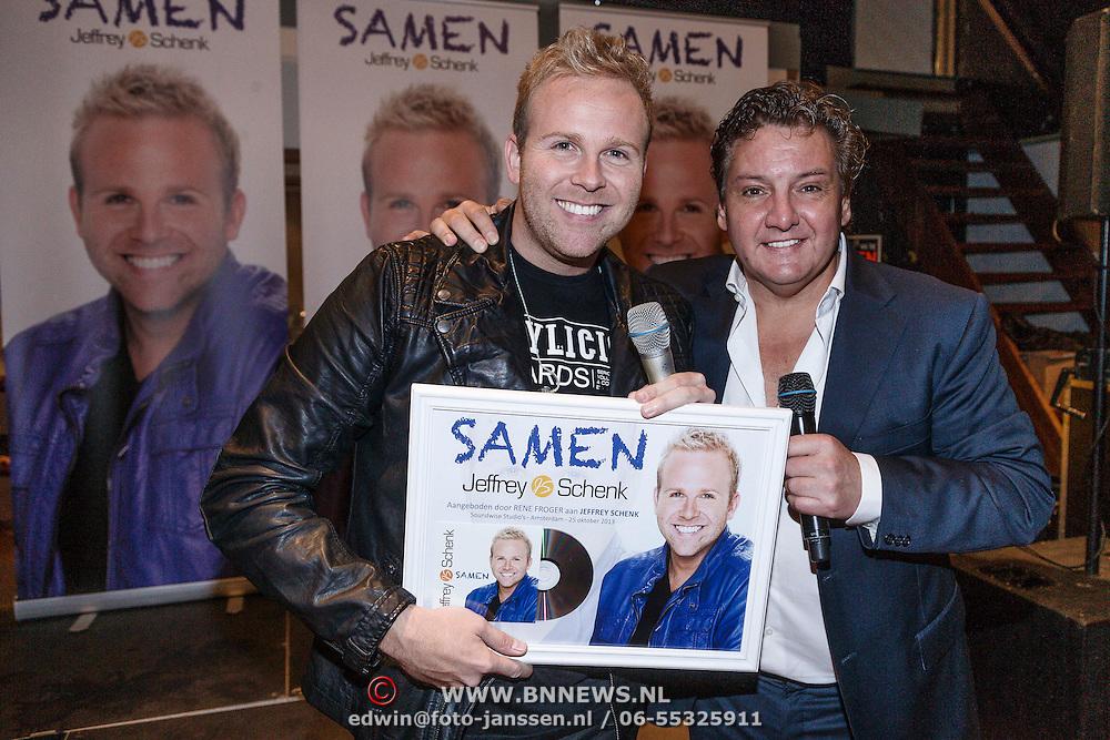 NLD/Amsterdam\/20131025 - CD presentatie Jeffrey Schenk, door Rene Froger