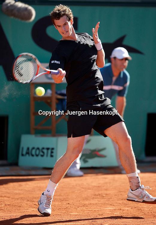 French Open 2009, Roland Garros, Paris, Frankreich,Sport, Tennis, ITF Grand Slam Tournament,.Andy Murray (GBR)  spielt eine Vorhand,forehand,action,....Foto: Juergen Hasenkopf..